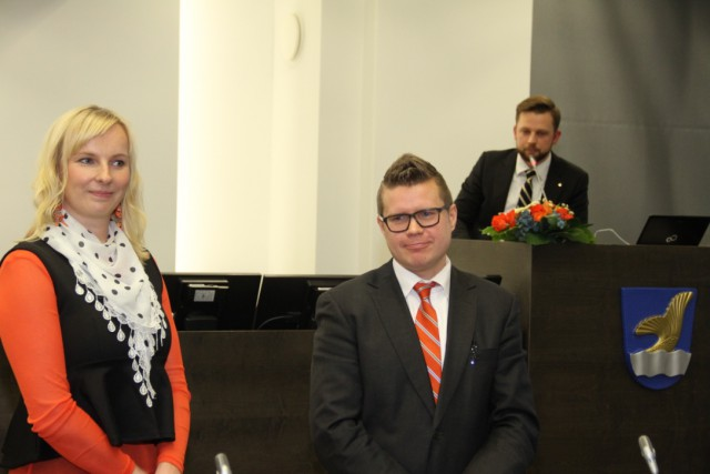 Piia Flink-Liimatainen ja Asmo Maanselkä olivat puoluevaltuuston puheenjohtajan Aki Ruotsalan haastateltavina ennen Kristillisdemokraattien puoluesihteerivalintaa.
