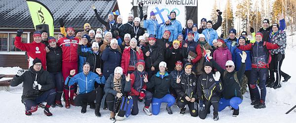 Eduskunnan urheilukerhon ykkösjoukkue voitti kultaa ja kakkosjoukkue pronssia pohjoismaisissa parlamenttihiihdoissa Keravan Keinukalliossa lauantaina 25.2.2017.