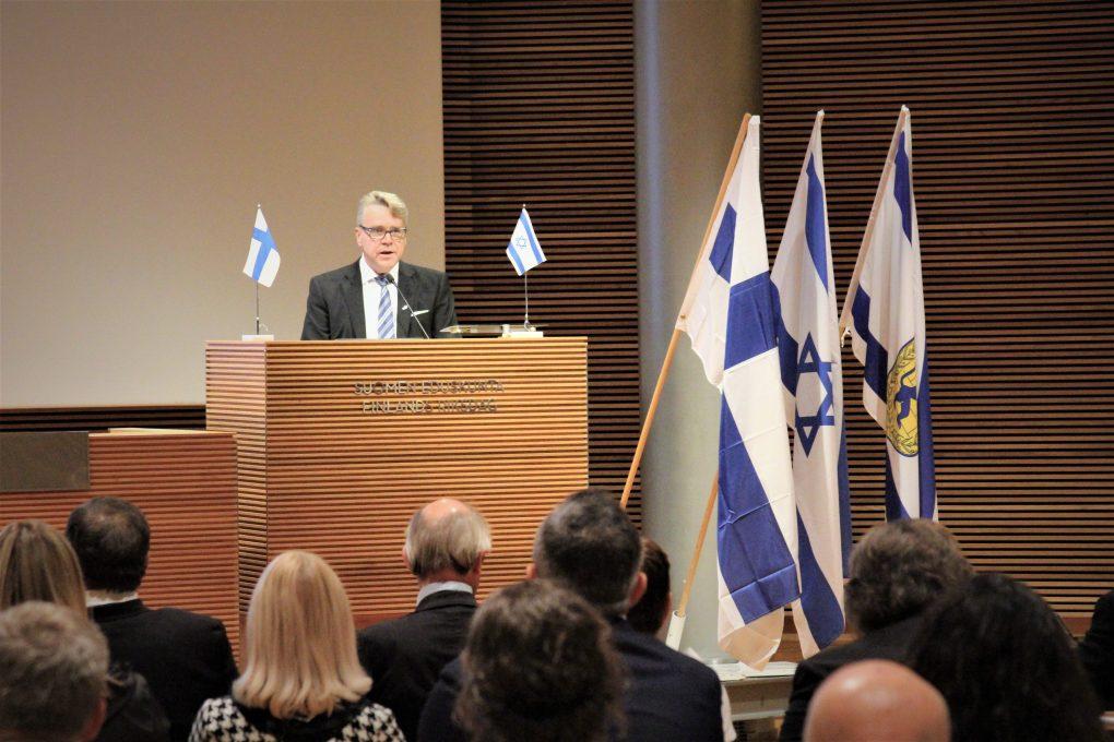 Östman: Finland kan inte längre fly från sitt ansvar - utdelning av EU-pengar till den palestinska myndighetens utbildningssektor måste upphöra såvida inte läromedel rensas från uppmuntran till hat